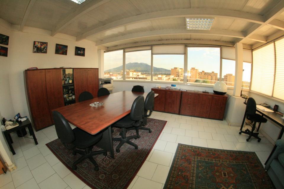 Uffici arredati napoli mese uffici for Uffici arredati