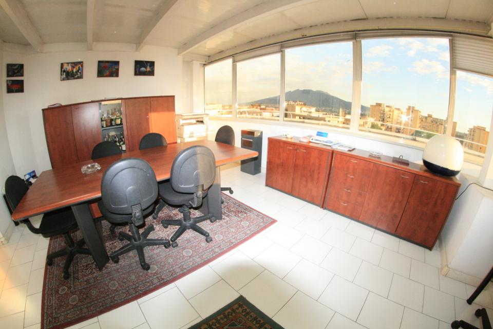 Day office ufficio temporaneo napoli uffici for Ufficio temporaneo