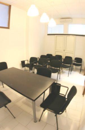 Sala meeting Napoli riunioni 12 posti