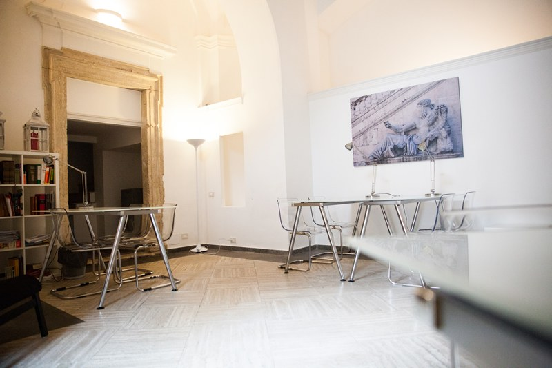Ufficio arredato roma centro palatinus uffici for Ufficio arredato