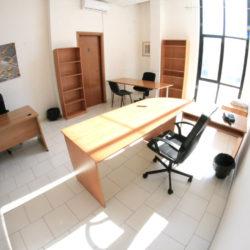 Napoli affitto ufficio arredato in complesso custodito
