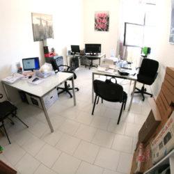 Casalnuovo di Napoli affitto ufficio arredato panoramico con posti auto